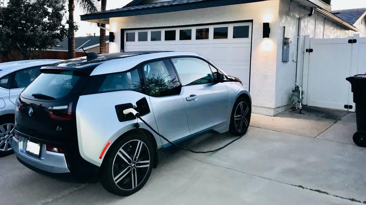 elektromos auto otthoni toltes